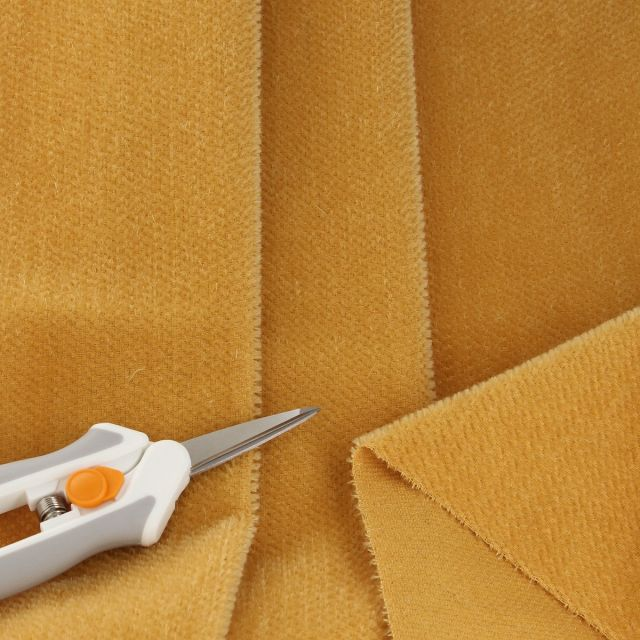 3mm Straight Gold Mohair