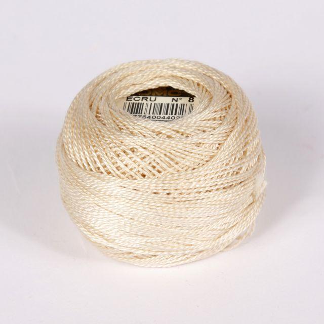 No 8 Ecru Cotton Perle Ball
