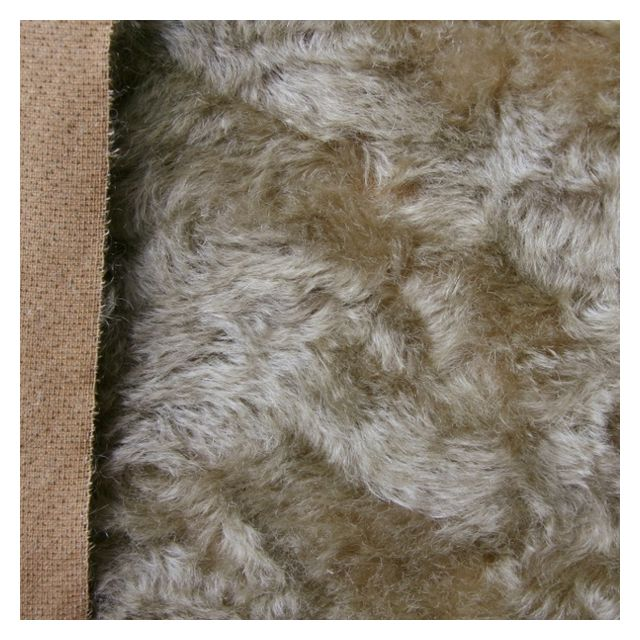 17mm Windswept Warm Old Gold Mohair